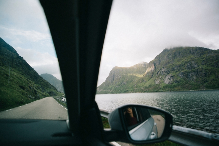 wildroad_lofoten_car